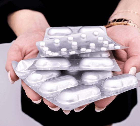 imagem de embalagens de medicamentos